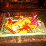 salade ananas/crevette. un delice!