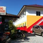 Photo de Cenang Rest House