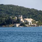 湖上のマリア修道院
