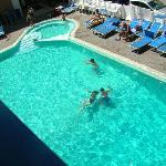 la piscina bellissima