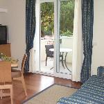 Soggiorno suite Prestige con vista sul balcone