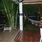 Hamaque et piscine pour les enfants et la famille