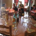 La table RONDE, un rêve. Il faut être 6 à 7 et RÉSERVER!!