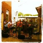 Music in THE ALLEY