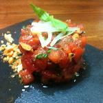 tartar de atún y tomate