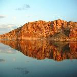 Classic Lake Argyle reflections - boat cruise pic.