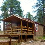 The Beartrap Cabin with a great porch for playing cards in the evening while hoping to see a bea