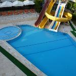pool vid annexet