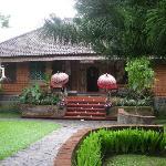 Puri Bunga Resort