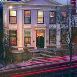Koopmans-De Wet House by night