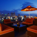 The Sky Deck, lounge on top of The Bayleaf