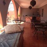Breakfast/dining/relaxing area