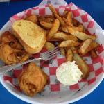 Broasted chicken with potato wedges