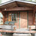 Cottages / cabins for 4 persons with fridge and terrace.