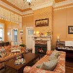 Milton B&B Guest Loungeroom with woodfire