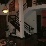 Sitting room area outside Santa  Cruz room