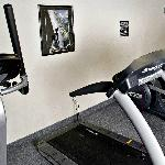 24 hour exercise room