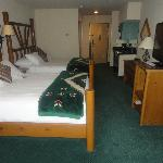"""NEW! 42""""LCD TV's in all rooms"""