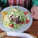 Salat mit Bergkäse - auch sehr zu empfehlen