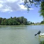 Vista a la presa de San Antonio, desde el hotel.