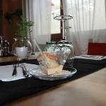 Un particolare dell'elegante tavola
