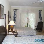 room 2118 room