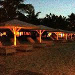 Vue de la plage en début de soirée