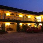 Creekside Inn at dusk