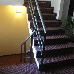Escaleras para subier al piso.
