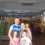 En familia y con un buen restaurante, además en Menorca. ¿Qué más se puede pedir?
