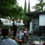 Aussenbereich der Gaststätte und der Bar mit public viewing