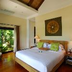 Nang Gong Villa Bedroom
