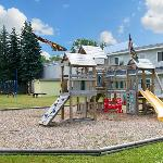 Anchor Inn Mackinaw City MIPlayground