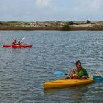 Kayak (inbegriffen) vor dem Haus