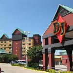 DiamondJacks Casino & Hotel