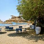 Taverna Kalliotzina - table on the beach