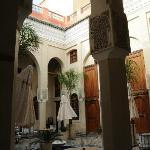Der schöne Innenhof von Riad Layla