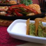 Shrimp Fajita + Tortilla chips + Sour cream + Guacamole