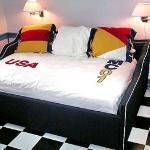 Motorcourt Bedroom