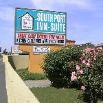 Southport Inn West Sacramento CASign