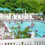 Lynaire Motel Lake George NYPool