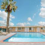 Tropic Motel Lancaster CAPool