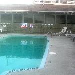 Island Inn Pool