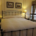 Room 5, traditional room with queen bed