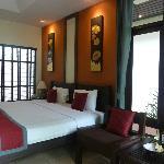 Very spacious bedroom Room 403
