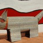 Vatu Sanctuary: Dan Murphy dog sculpture...