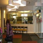 Entry interior and restaurant - Bright, Welcoming