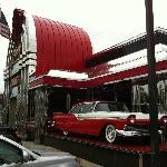 '56 Ford Fairlane sets the atmosphere for this '50s diner