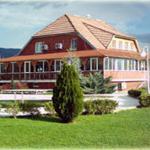 Villa Familia Photo