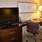 TV/Desk area in room